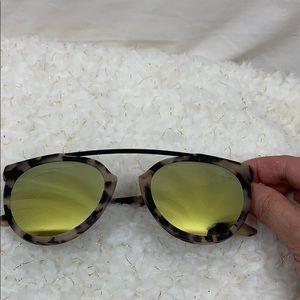 Animal print sunglasses women's yellow lenses
